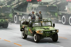 Автомобиль Dong Feng Meng Shi 1.5 ton Military Light Utility Vehicle (Hobby Boss) 1/35